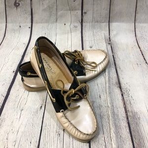 Sperry Nude Black Patent Leather Lace Up Shoes